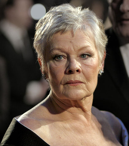 421px-Judi_Dench_at_the_BAFTAs_2007
